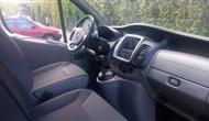 Opel Vivaro Passenger 114hp photo 11